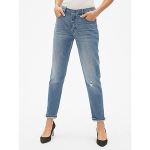 GAP Best Girlfriend Medium Wash Denim Jeans